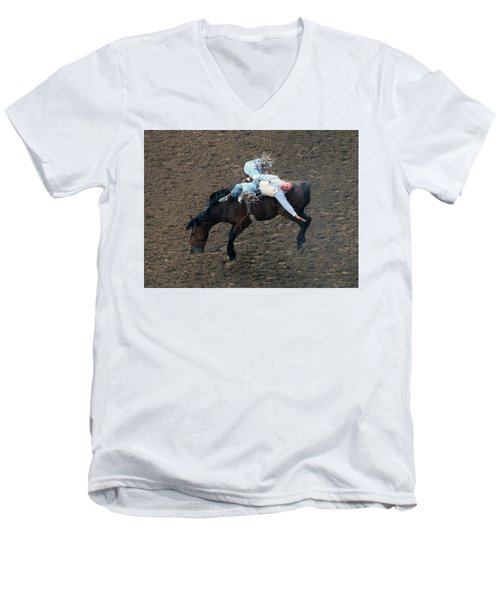 8 Seconds Men's V-Neck T-Shirt