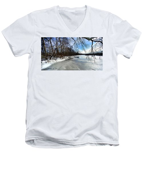 A Winters Day Men's V-Neck T-Shirt
