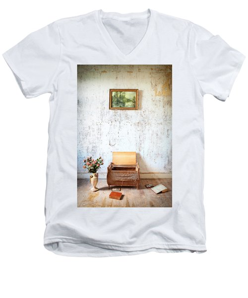 Abandoned Memories -urbex Men's V-Neck T-Shirt by Dirk Ercken