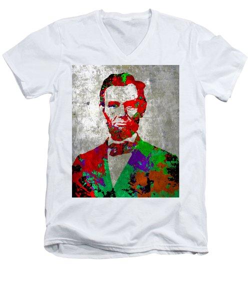 Abraham Lincoln On Silver - Amazing President Men's V-Neck T-Shirt