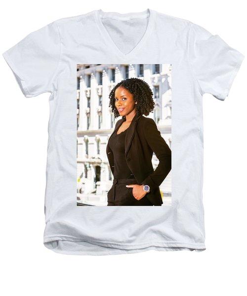 African American Businesswoman Working In New York Men's V-Neck T-Shirt