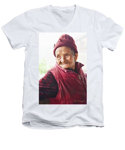 Age Of Beauty Men's V-Neck T-Shirt