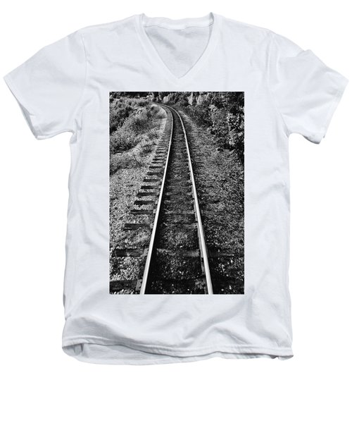 Alaska Tracks Men's V-Neck T-Shirt