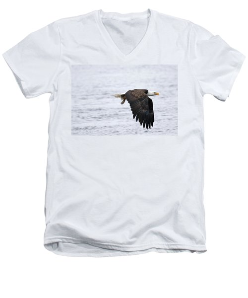 An Eagles Catch 11 Men's V-Neck T-Shirt