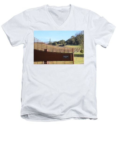 Anderson Valley Vineyard Men's V-Neck T-Shirt
