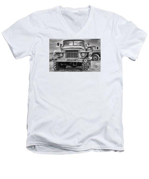 Angry Grandpa Men's V-Neck T-Shirt