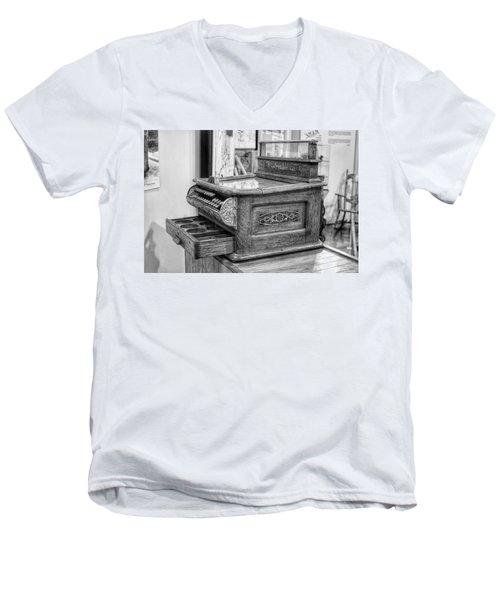 Antique Cash Register Men's V-Neck T-Shirt