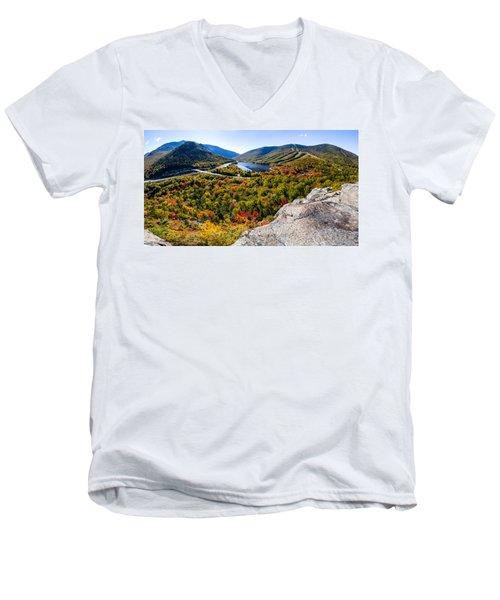 Artists Bluff, Franconia Notch Men's V-Neck T-Shirt