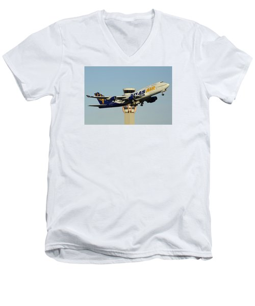 Atlas Boeing 747-446 N465mc Phoenix Sky Harbor January 3 2015 Men's V-Neck T-Shirt by Brian Lockett