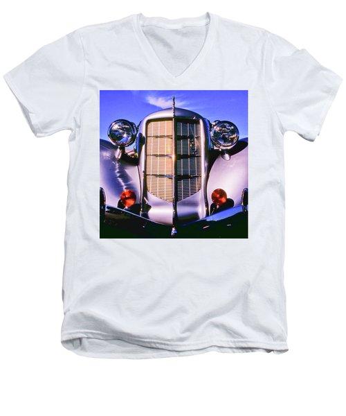 Auburn 852 Boattail Speedster Men's V-Neck T-Shirt