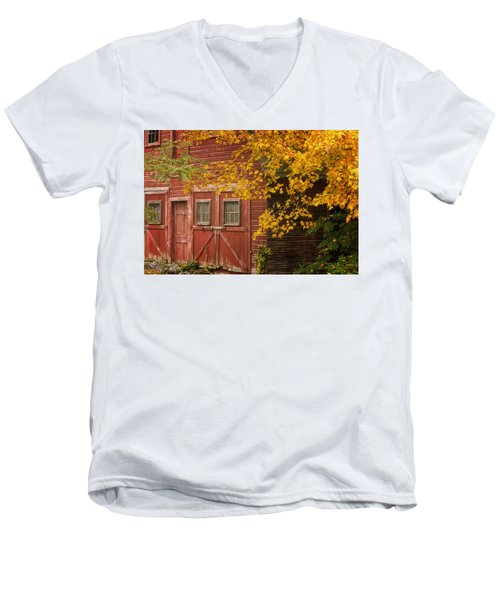 Autumn Barn Men's V-Neck T-Shirt