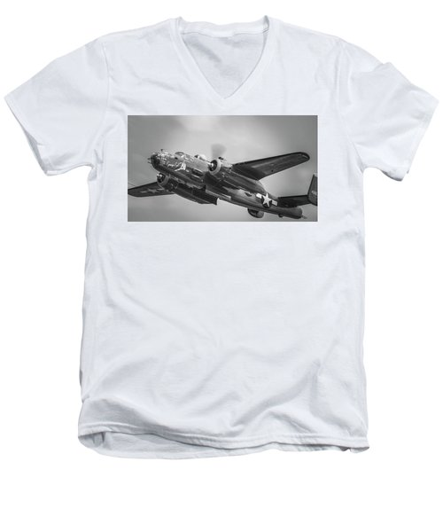 B-25 Men's V-Neck T-Shirt