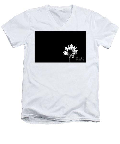 B/w Flower  Men's V-Neck T-Shirt
