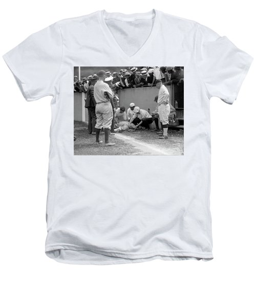 Babe Ruth Knocked Out By A Wild Pitch Men's V-Neck T-Shirt