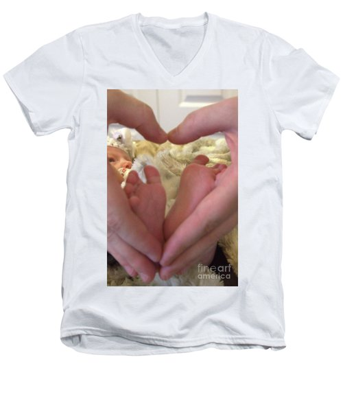 Baby Toes Men's V-Neck T-Shirt