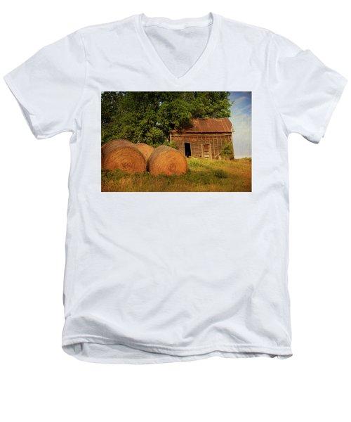 Barn With Haybales Men's V-Neck T-Shirt