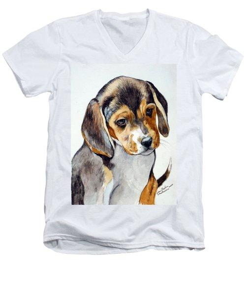 Beagle Puppy Men's V-Neck T-Shirt