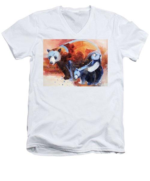 Bear Family Outing Men's V-Neck T-Shirt