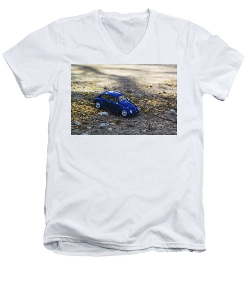Beetle Men's V-Neck T-Shirt