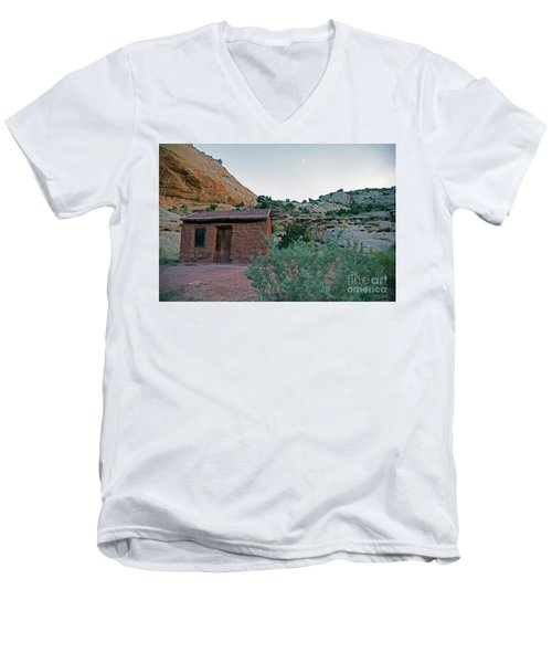 Behunin Cabin Capital Reef Men's V-Neck T-Shirt