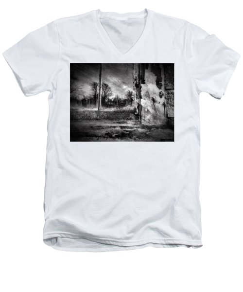 Benjamin Nye Window Men's V-Neck T-Shirt