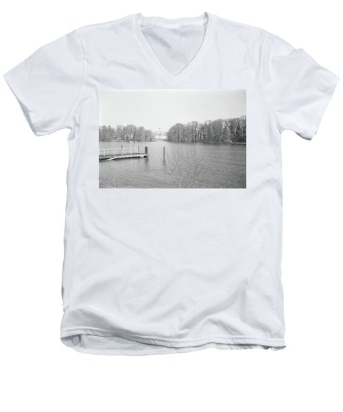 Berlin Lake Men's V-Neck T-Shirt
