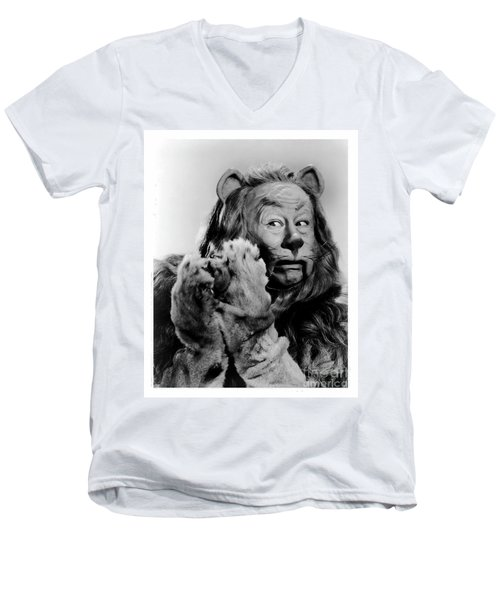 Cowardly Lion In The Wizard Of Oz Men's V-Neck T-Shirt