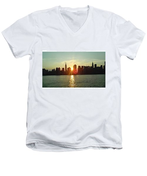 Best Place I've Ever Been ❤ #newyork Men's V-Neck T-Shirt