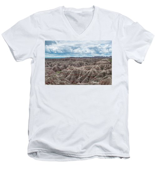 Big Overlook Badlands National Park  Men's V-Neck T-Shirt
