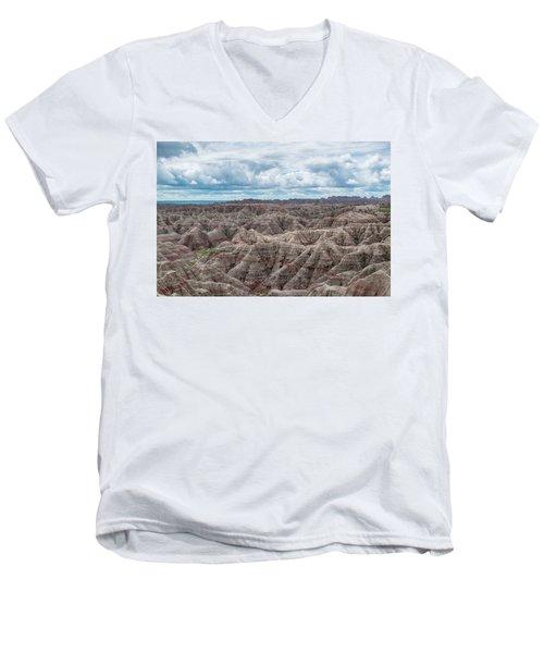 Big Overlook Badlands National Park  Men's V-Neck T-Shirt