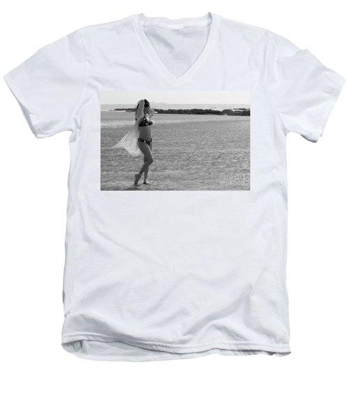 Bikini Girl Men's V-Neck T-Shirt