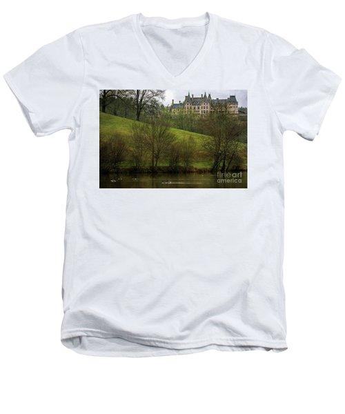 Biltmore Estate At Dusk Men's V-Neck T-Shirt