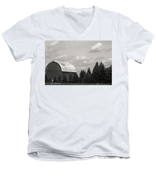 Black And White Barn Men's V-Neck T-Shirt