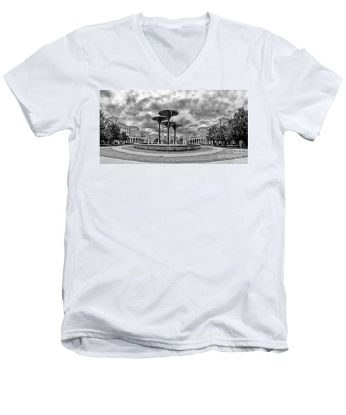 Black White Panorama Of Texas Christian University Campus Commons And Frog Fountain - Fort Worth  Men's V-Neck T-Shirt