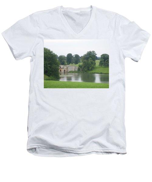 Blenheim Palace Lake Men's V-Neck T-Shirt