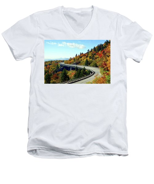 Blue Ridge Parkway Viaduct Men's V-Neck T-Shirt