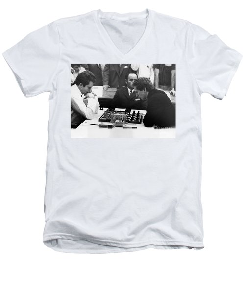 Bobby Fischer (1943-2008) Men's V-Neck T-Shirt