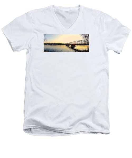 Bridge And New Hope At Sunset Men's V-Neck T-Shirt
