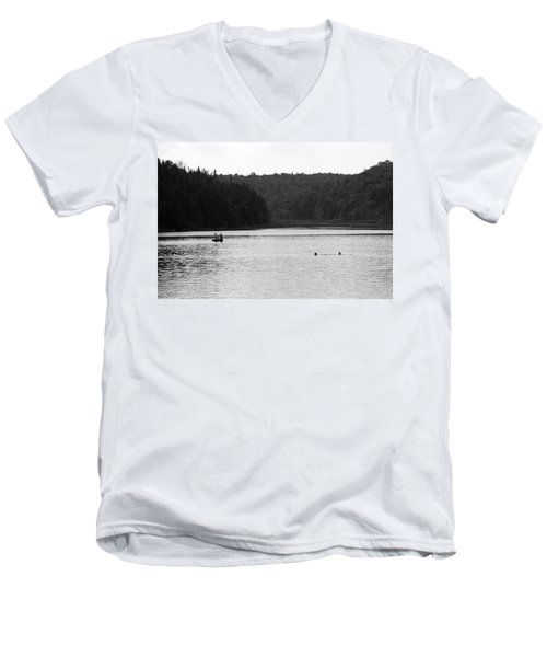Men's V-Neck T-Shirt featuring the photograph Brookfield, Vt - Swimming Hole 2006 Bw by Frank Romeo
