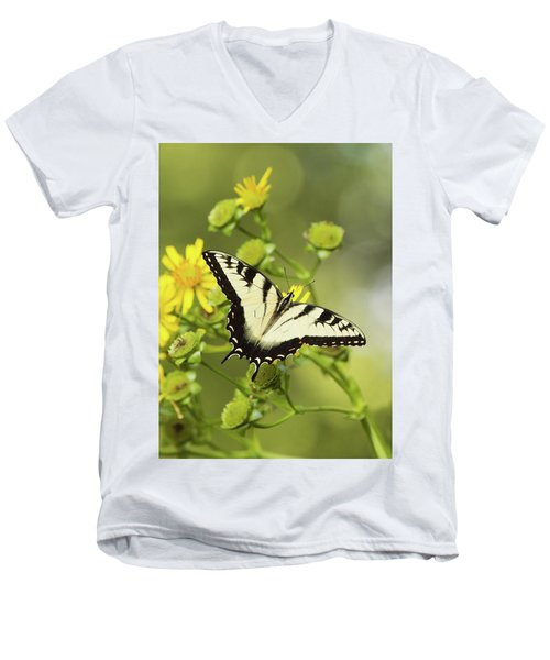 Butterfly On Yellow Men's V-Neck T-Shirt