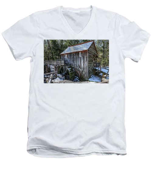 Cades Cove Grist Mill In Winter Men's V-Neck T-Shirt
