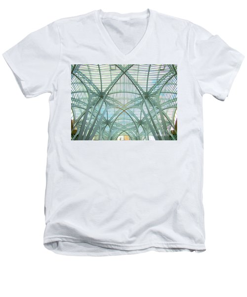 Calatrava In Toronto 10 Men's V-Neck T-Shirt