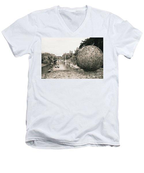 Cambridge Punting  Men's V-Neck T-Shirt