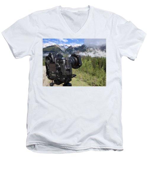 Camera Mountain Men's V-Neck T-Shirt