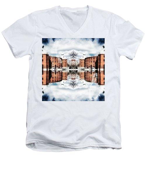 Campo Pequeno Men's V-Neck T-Shirt
