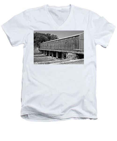 Canal Headgates Men's V-Neck T-Shirt