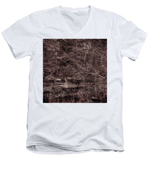 Canoe In The Adirondacks Men's V-Neck T-Shirt