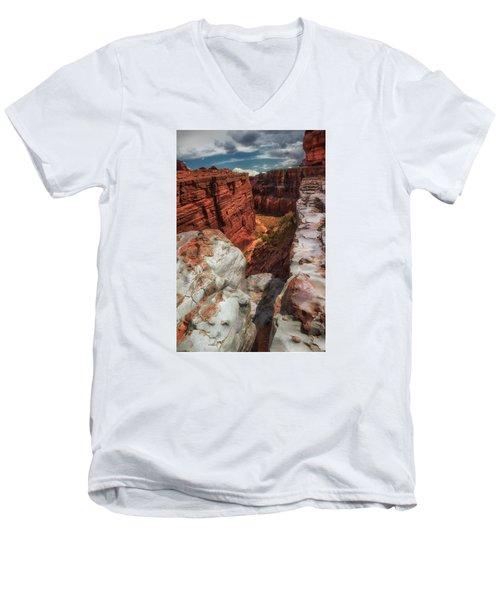 Canyon Lands Quartz Falls Overlook Men's V-Neck T-Shirt by Gary Warnimont