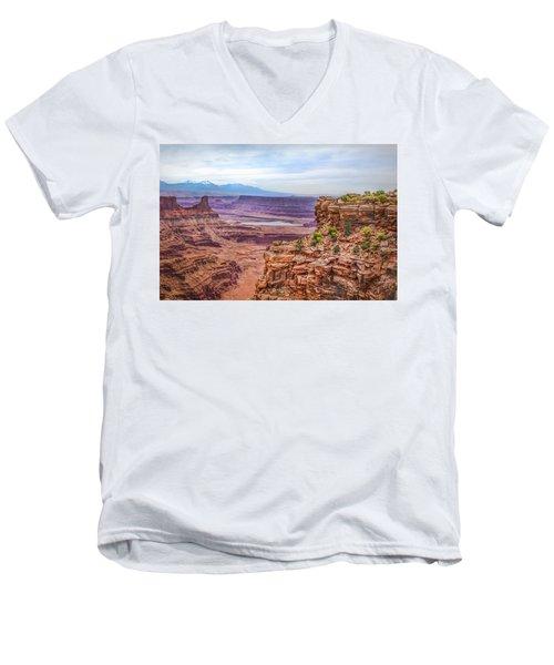 Canyon Landscape Men's V-Neck T-Shirt