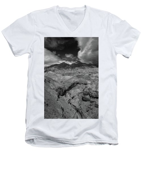 Canyon Relief Men's V-Neck T-Shirt